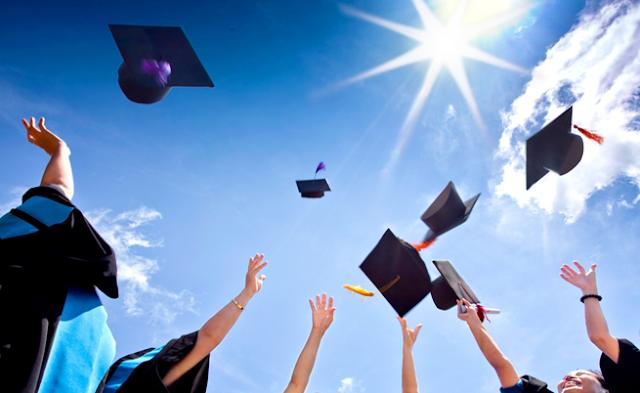 وزارة التعليم و التربية تعلن عن تنظيم مسابقة بخصوص منح للدراسات العليا في اسبانيا