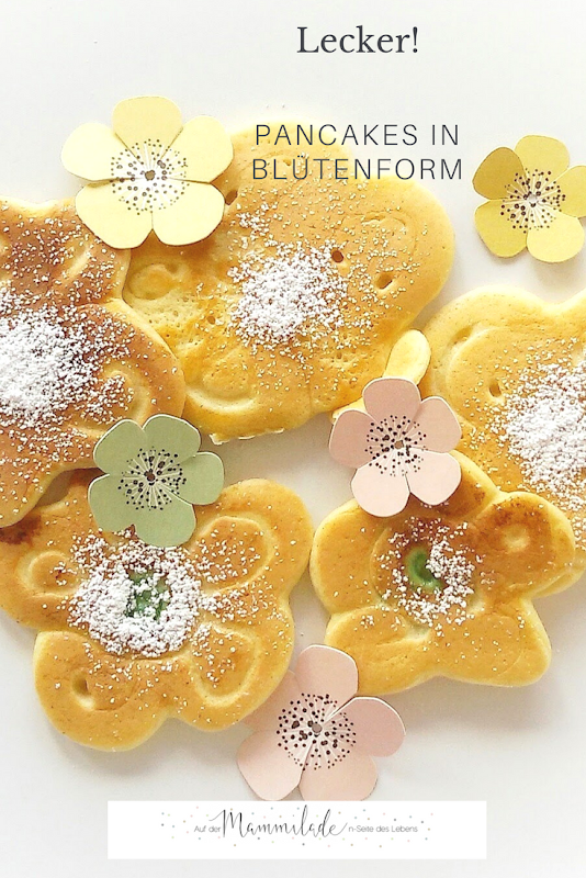 Fluffige Pancakes in Blütenform   https://mammilade.blogspot.de
