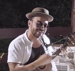Thiago Brava lança clipe de Passarinho