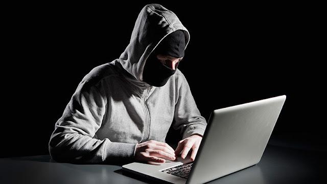 """""""Hackers"""" iraquíes trolean la propaganda del Estado Islámico con pornografía"""