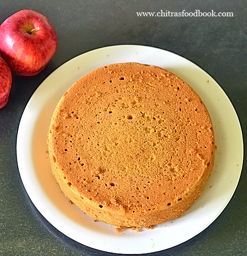 How to make apple cake without eggs