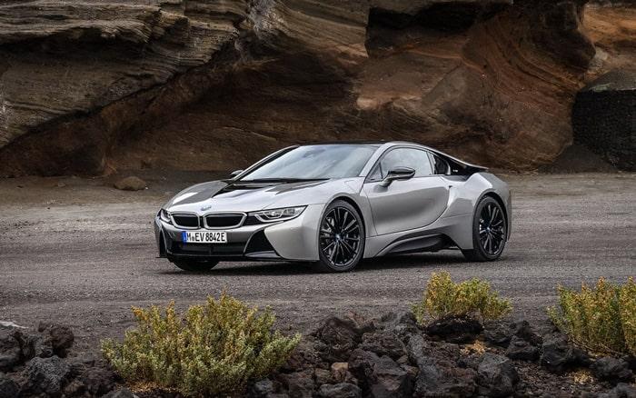 Премиум модель компании BMW i8