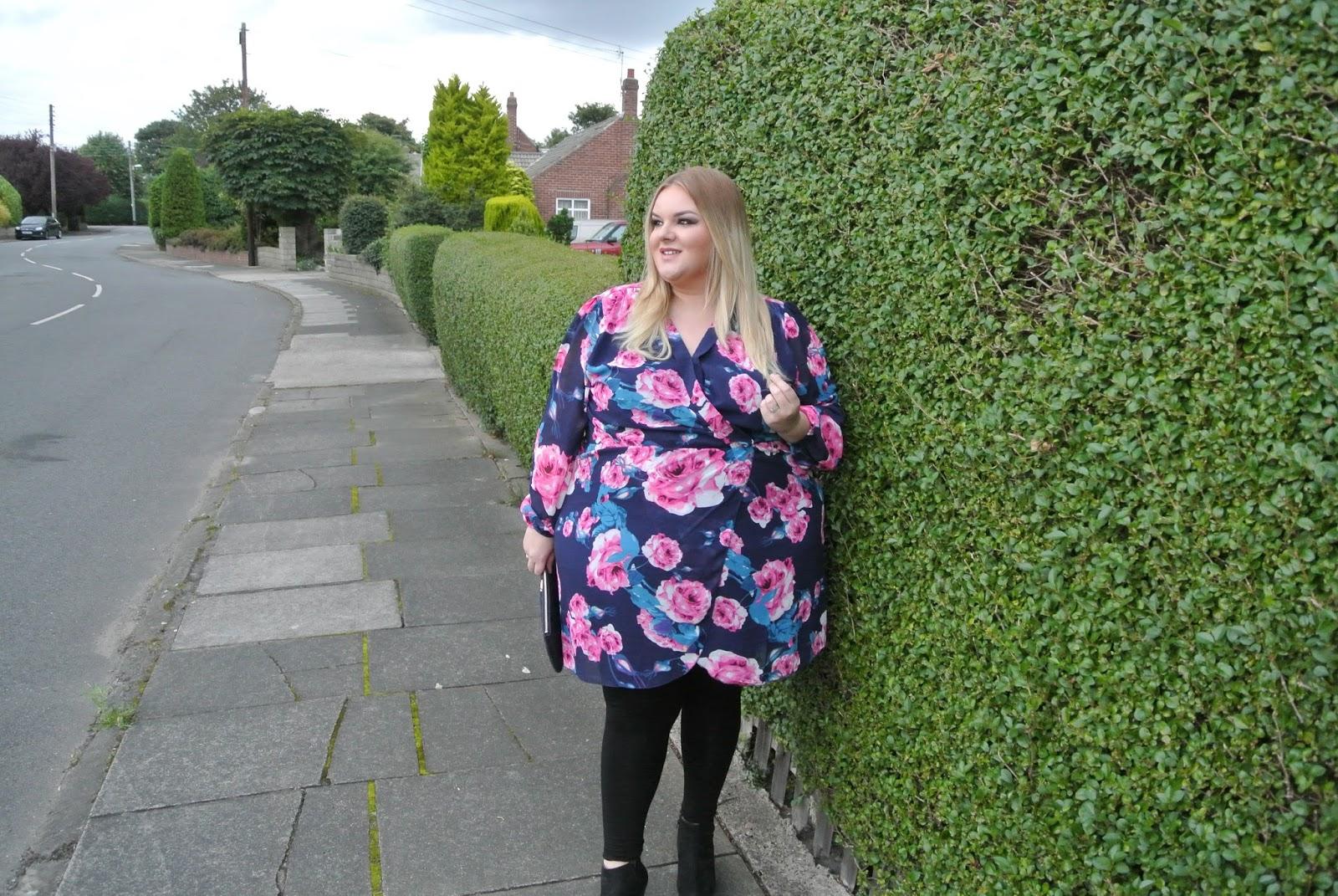 AX Paris Curve at Simply Be Floral Wrap Dress UK Plus Size Fashion Blogger WhatLauraLoves Image