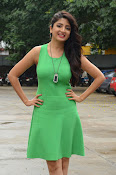 Poonam Kaur latest sizzling photos-thumbnail-10