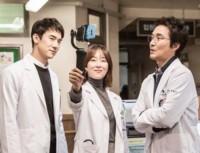 Drama Korea  Romantic Doctor, Teacher Kim Subtitle Indonesia