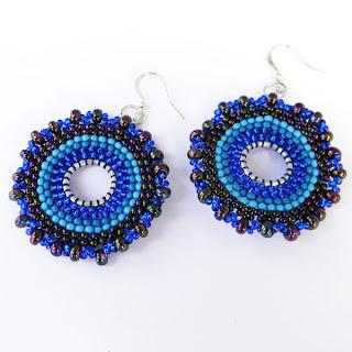 купить синие круглые серьги из бисера ручной работы бижутерия подарок девушке