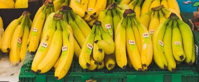 تفسير رؤية الموز في المنام , تفسير حلم اكل الموز