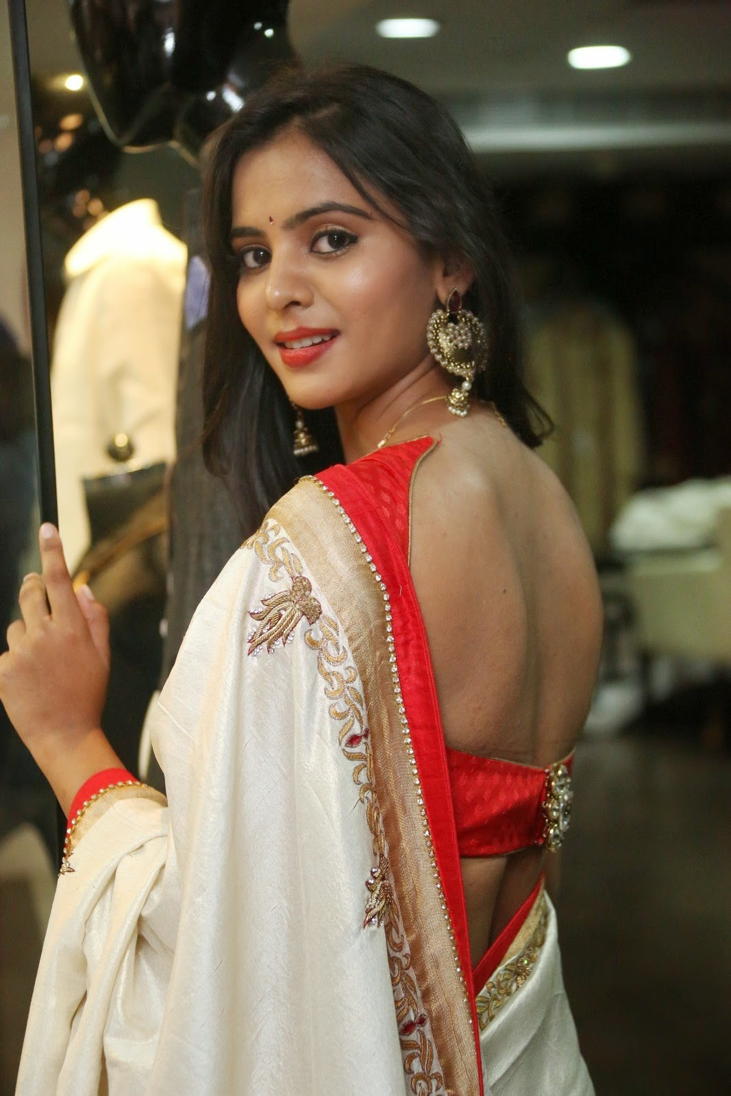 Bollywood Actress Saree Collections: Manasa In Backless ...