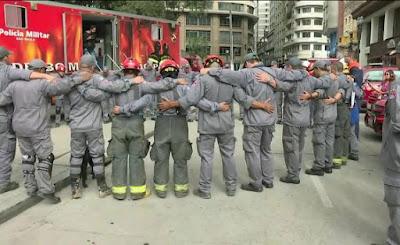 Trabalho de buscas dos Bombeiros no prédio que desabou é encerrado em SP