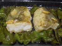 Bacalao con pimientos verdes.