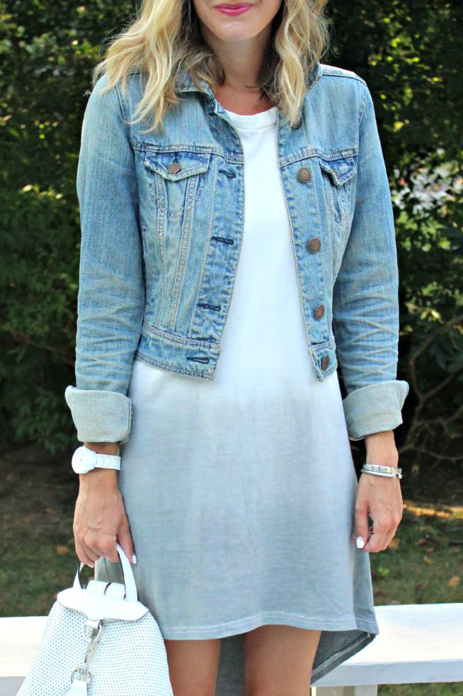 t shirt dress and denim jacket outfit