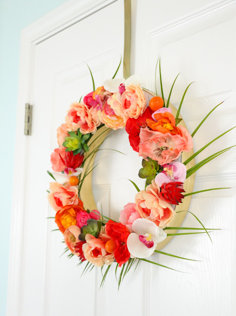 Tropical Flower and Palm Leave Wreath for Spring and Summer - Hawaiian Wreath - Summer DIY - Summer Craft - DIY Wreath