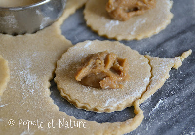 Petits sablés fourrés au caramel de pommes © Popote et Nature