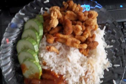 Nasi Lemak Ayam Pop