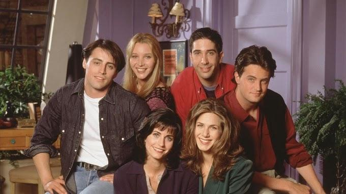 Courtney Cox publica en su Instagram una foto de los protagonistas de Friends, antes de ser famosos
