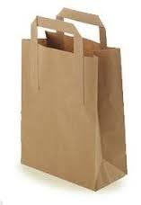 papieren draagtassen voor op de markt