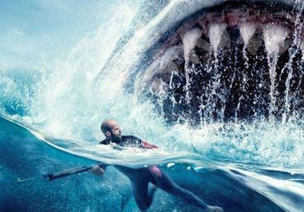 Películas sobrenaturales: Algo realmente gigantesco y asesino habita las aguas