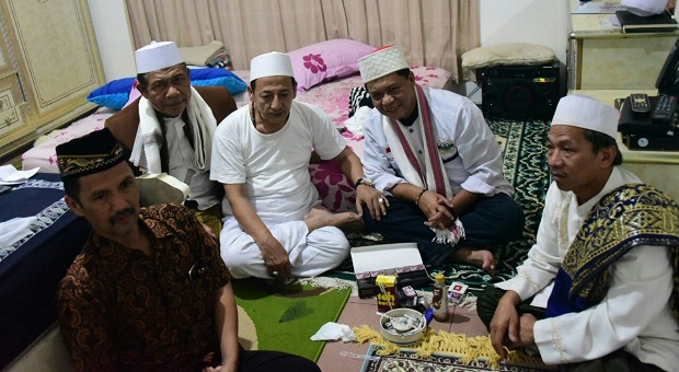 Kunjungi Habib Luthfi, Kang Anton Dapat Wejangan Pimpin Jabar