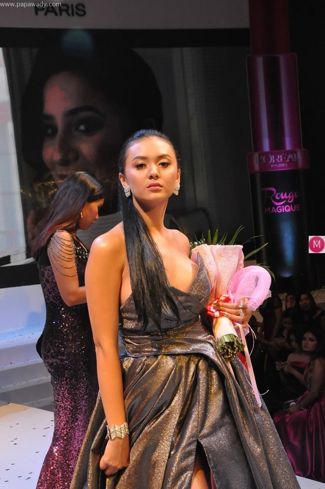 Shwe Mhone Yati Attends Loreal Paris Cosmetic Fashion Show