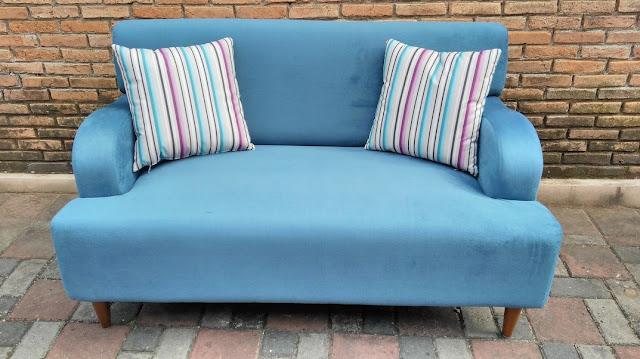 Sofa Modern Untuk Ruang Tamu Kecil