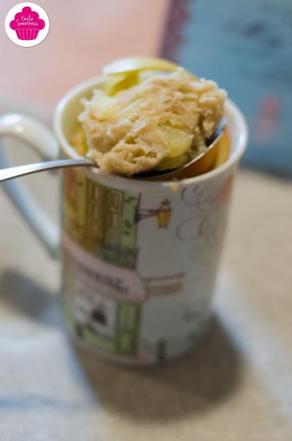 Mug cake léger aux pommes
