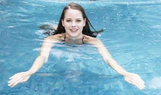 Berenang Bermanfaat Meninggikan Badan