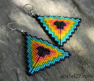бижутерия из бисера купить серьги яркие треугольники