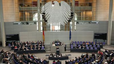 منحة العمل  بالبرلمان الألمانى  لسنة 2018 Deutscher Bundestag