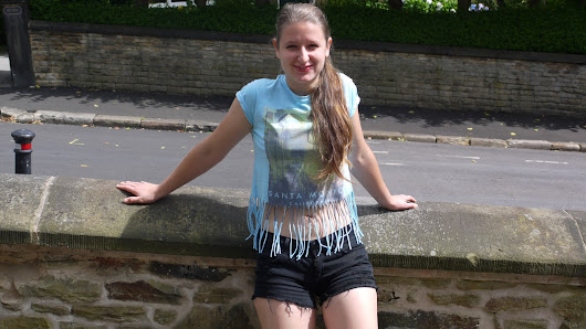 DIY Fringe T-shirt  ~ Poppy Goes Wild