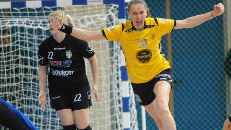 8bfa31595a5 Μια νίκη χωρίζει τη Νέα Ιωνία από την κατάκτηση ενός ακόμη πρωταθλήματος  γυναικών. Το Σάββατο το απόγευμα, κέρδισε στην Θεσσαλονίκη τον ΠΑΟΚ με  27-28, ...