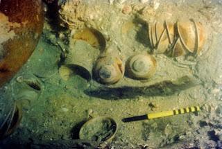 Looting Shipwrecks, Archaeology and the Smithsonian