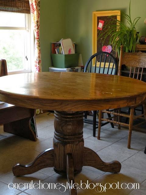 Oak table before Rustoleum Transformation