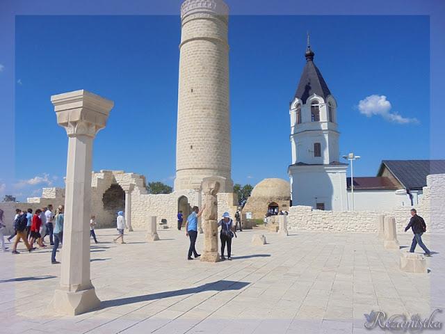 колонна желаний в Болгарах