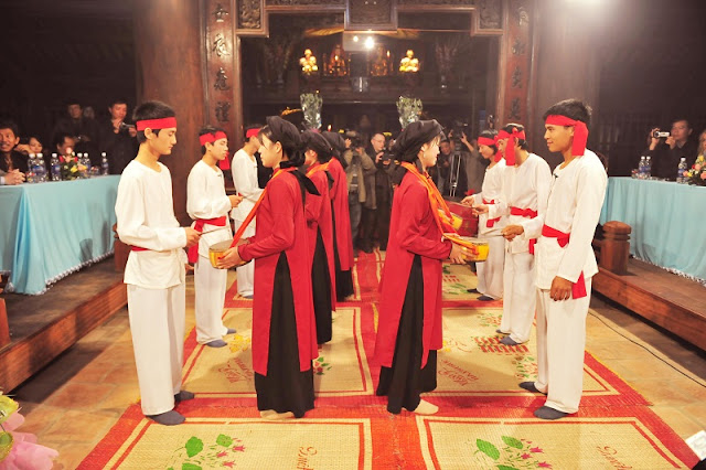 Attractive traditional festivals in lunar January in Vietnam 8