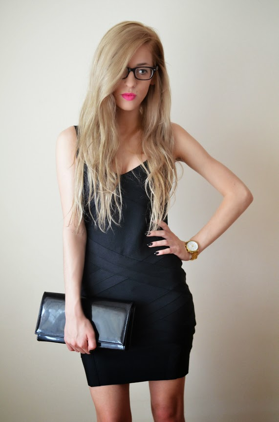 LITTLE BLACK BODYCON DRESS + GOLDEN WATCH