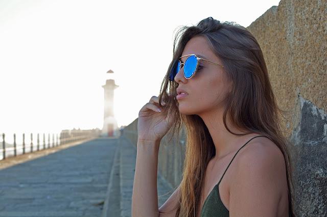 Sara Pericacho para Updawn sunglasses