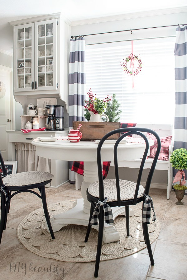 Christmas breakfast nook