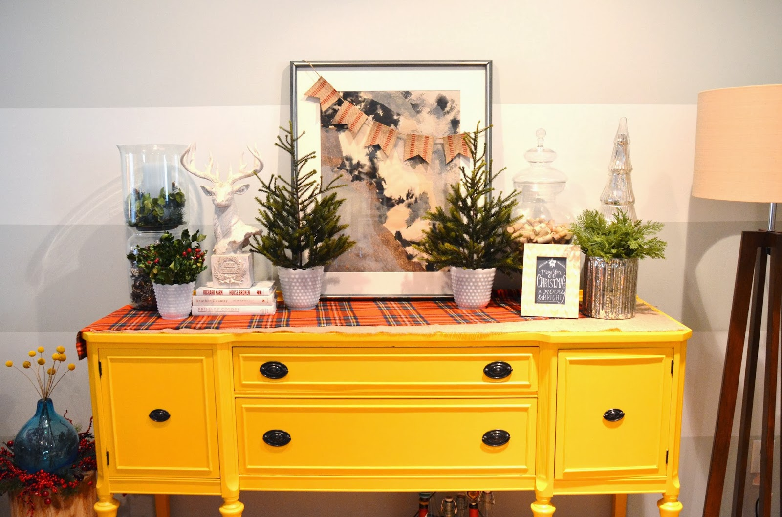How To Decorate A Buffet: {Jessica Stout Design}: {Holiday Decorating} Day 2