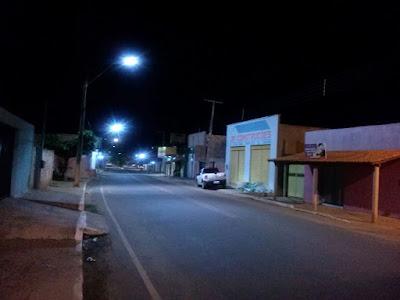 Ufa! Depois de meses, problema de iluminação em rua no centro é normalizada