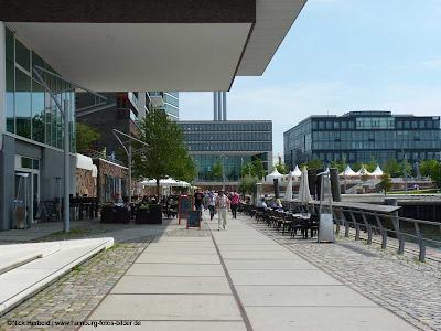 Hafencity Hamburg, Promendade mit Cafe