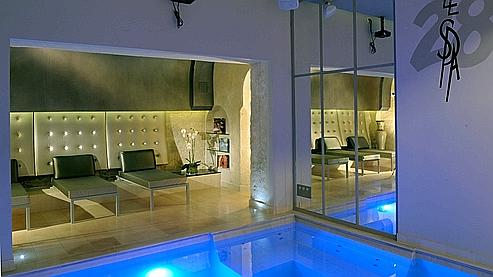 spa avec hammam et piscine saint germain des pr s spa. Black Bedroom Furniture Sets. Home Design Ideas