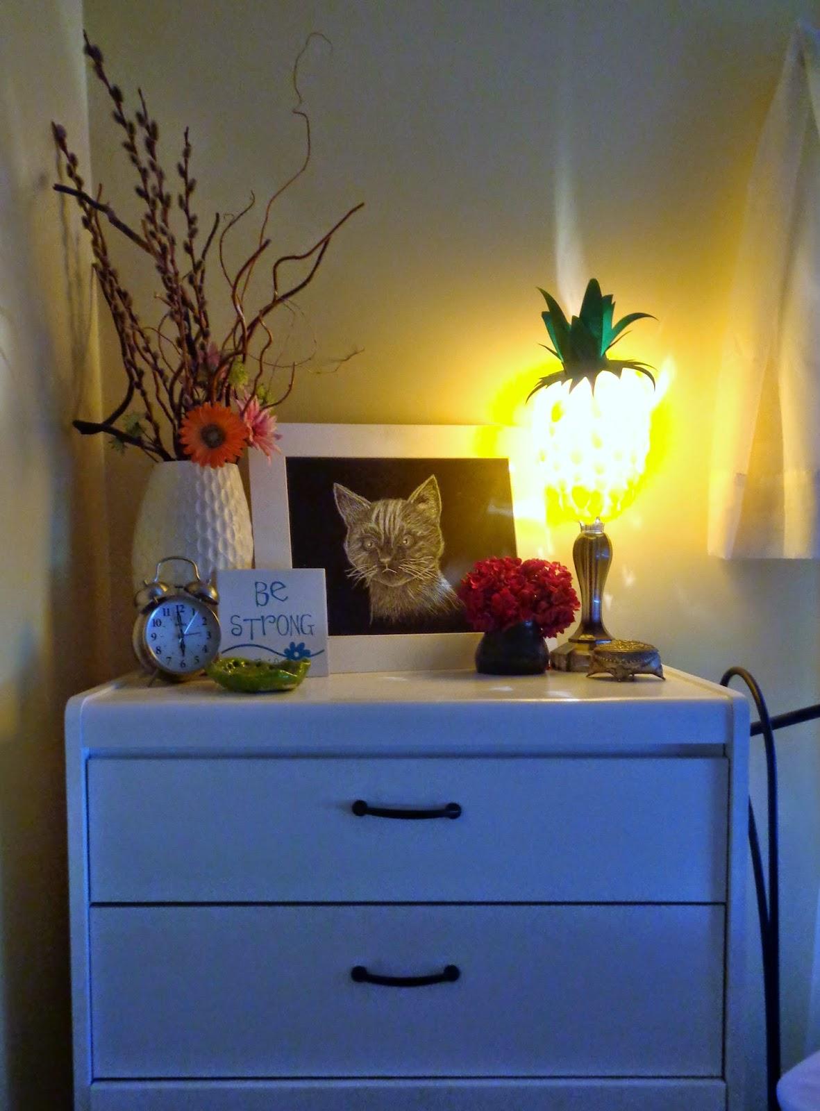 Room Decor: Harli G: DIY Pineapple Room Decor