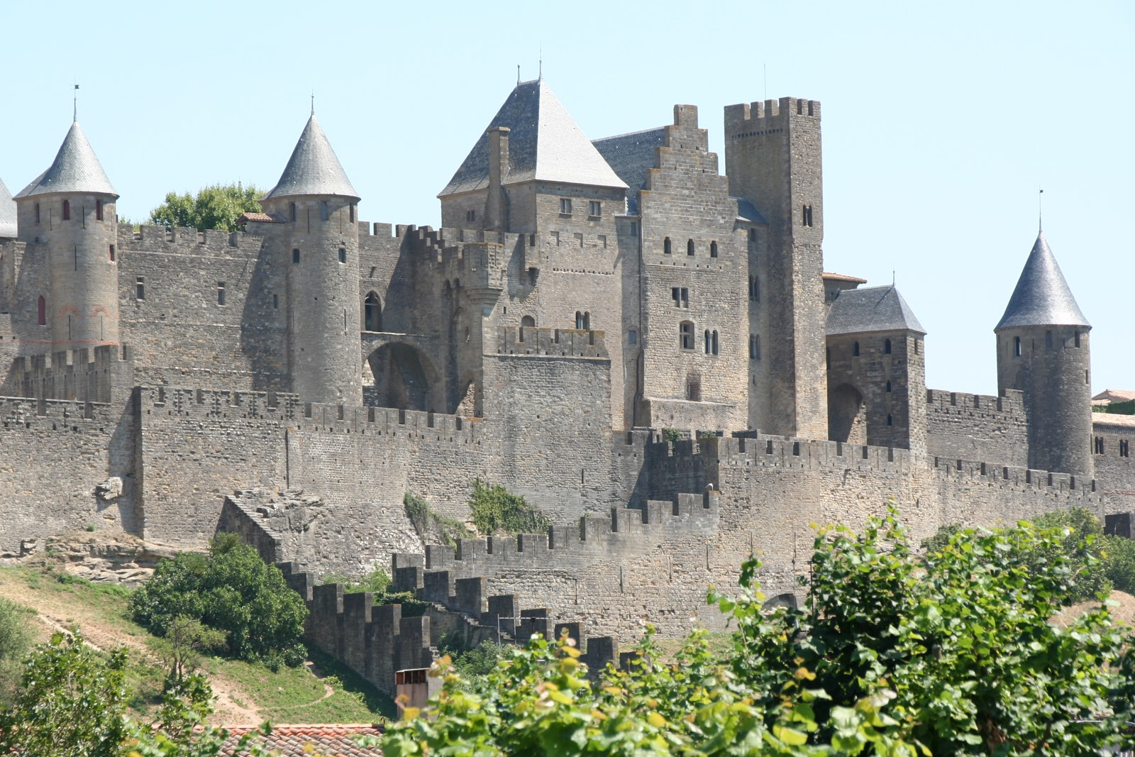 to see the seven continents carcassonne france. Black Bedroom Furniture Sets. Home Design Ideas