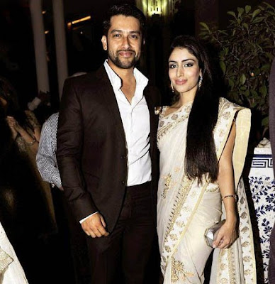Aftab-Shivdasani-And-Nin-Dusanj-Wedding-Photos-Engagement-Pictures