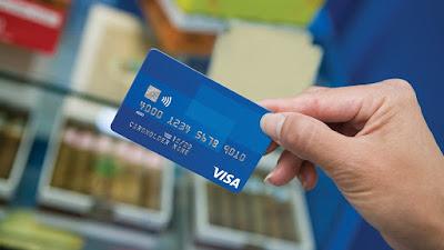 Tên trên thẻ visa phải trùng với tên tài khoản cá nhân.