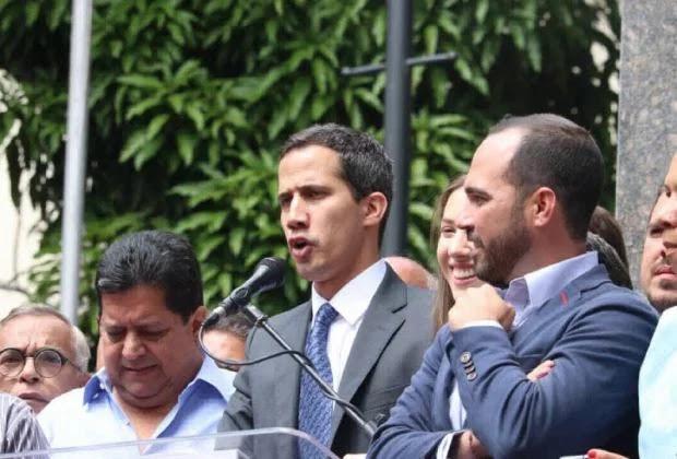 """Guaidó se reunió con dirigentes del """"chavismo originario"""", según periodistas"""