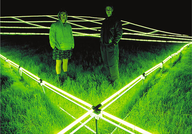 地球に作られるアート。ランドアート、アースアート7作品 luminous earth grid スチュアート・ウイリアムズ