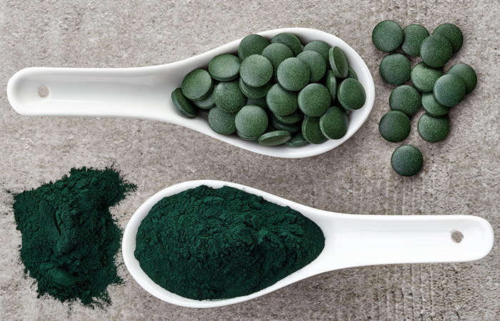 spirulina pulbere si tablete