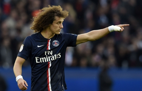Chelsea oficializa acordo com PSG