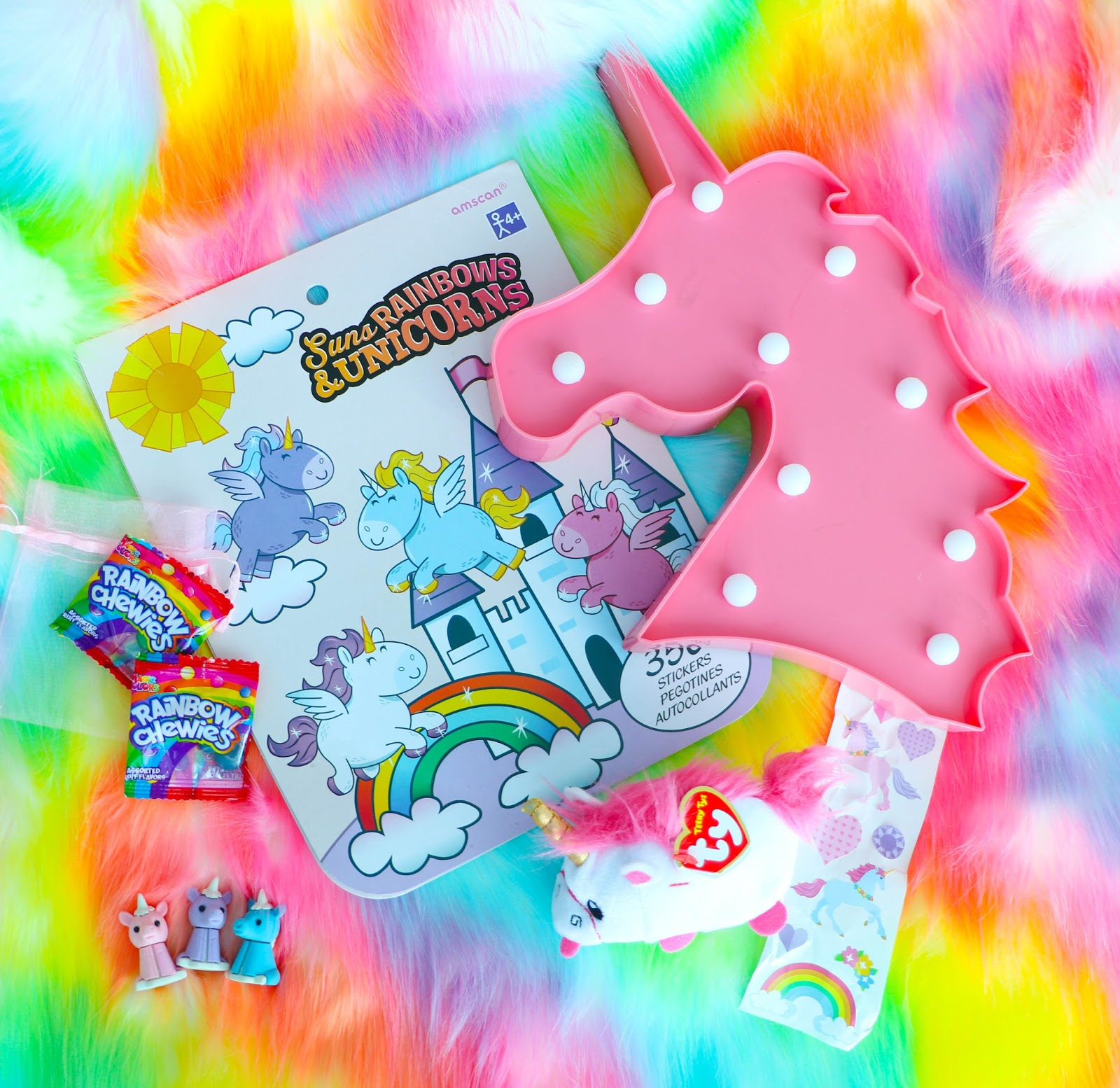 Unboxing the Unicorn Dream Box December 2017
